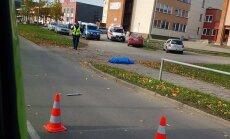 В Нарве в ДТП погиб пешеход, полиция задержала пытавшегося скрыться нетрезвого водителя