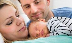 Uuring: värsketel lapsevanematel kulub uue pereliikmega harjumiseks koguni 14 kuud (ja teisi huvitavaid fakte beebipere esimese aasta kohta)