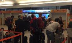 FOTOD LENNUJAAMAST: Keeruline õhtu Adria Airwaysis: üks lennuk pöördus tagasi, teise väljalend venis tunde