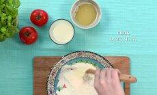 Готовим легкий томатно-луковый пирог с грудинкой