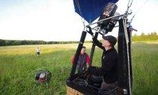 Maailmarändurist kuumaõhupallur Andrew Parker tegi   lennu Eestis