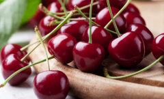 Kuus põhjust, miks süüa rohkem kirsse ja mureleid