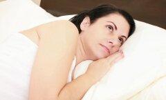 Lõpp unetule voodis vähkremisele: kasuta uinutavat hingamistehnikat või valmista endale ise unetolm