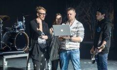Cartoon ehk noorem põlvkond kodumaiseid produtsente valmistub esinema Eesti muusikaauhindade jagamisel.