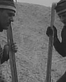 VANAD FILMIKAADRID 1972: Jaanipäeval suusad alla ja saepururajale harjutama!