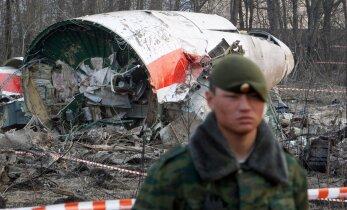 Poola esitas kahele Vene lennujuhile süüdistuse Poola presidendi lennuki allakukkumisele tahtmatus kaasaaitamises