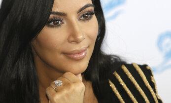 Kim Kardashian süüdistab hirmsas ehteröövis vaid ennast ja lubab sotsiaalmeedias eputamise lõpetada: kõik ei keerle ainult raha ümber
