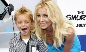 Superema! LOE, millise sammu võttis ette Britney, et 9-aastasel pojal koolis paremini läheks