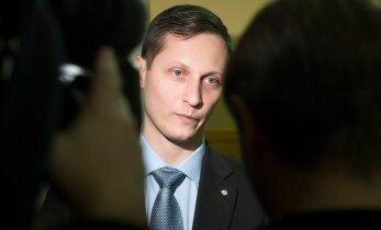 ГЛАВНОЕ ЗА ДЕНЬ: Дмитриев избежал уголовного дела, эстонцы занимаются миллионными виллами в США