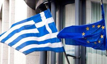 Евросоюз согласовал очередной кредит Греции и списание старых долгов
