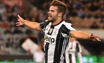 VIDEO: Ikka juhtub! Torino Juventuse kaitsja lõi värava poolelt väljakult