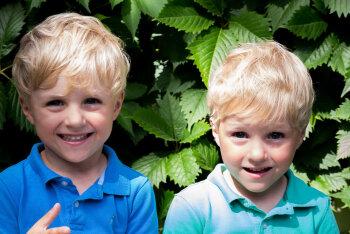 FOTOD: Beebidest koolilasteni — need on Eesti kõige armsamad kaksikud!