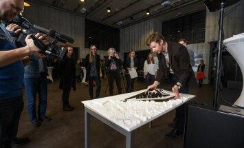 """Konkursi võitis arhitektuuribüroo Kadarik Tüür Arhitektid töö """"Kesk-küla"""", pildil üks autoreid Mihkel Tüür."""