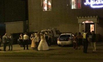 ФОТО: На свадьбе в Копли произошла драка, зачинщик госпитализирован