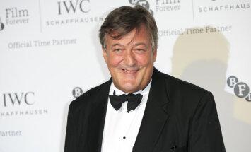 Koomik Stephen Fry paljastas Buckinghami palee narkopeod ja Camilla Parker-Bowles ongi tõ