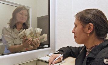 Оклады малы. Почему зарплатному кризису в России не видно конца