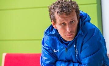 DELFI LONDONIS: Konstantin Vassiljev: pall on ümmargune ja võib kukkuda mõlemasse väravasse