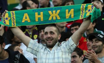 Russian Football Premier League. Anzhi vs. Lokomotiv