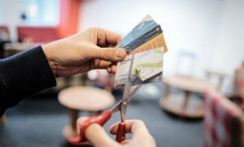 Сотни тысяч клиентов интернет-банков должны будут попрощаться с кодовыми картами