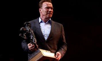 DELFI VIDEO: Südamlik hetk - Arnold Schwarzenegger jagas eriolümpial parimatele medaleid