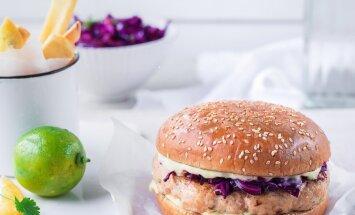 Sügisene retseptisoovitus   Aasiapärase vimkaga kanaburger punase kapsa salatiga