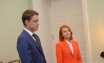 Taavi Rõivas ja Pentus-Rosimannus selgitasid ministri tagasiastumise tagamaid, välisminister riigikokku siirdumises midagi ebaeetilist ei näe