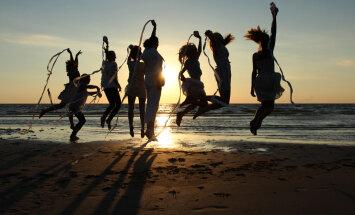 Kabli Päikeseloojangu festival viib kokku väekate inimeste ja paikadega