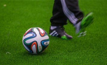 FIFA World Cup 2014 ametlik palli katsetamine Lilleküla sisehallis