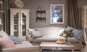 Pastellsed ja hallid toonid loovad meeldivalt rahuliku ja koduse õhkkonna. Mustri kauplusalong.