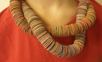 Kaelaehte võib teha ka pikema, mis ulatub kaks tiiru ümber kaela.