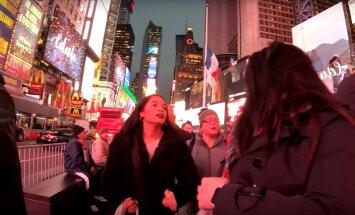 VIDEO | Jõulud New Yorgis: võta ette ekslusiivne jalutuskäik läbi kuulsate avenüüde, Times Square'i ja Broadway