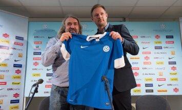 Eesti koondise peatreener Magnus Pehrsson (paremal) ja alaliidu president Aivar Pohlak. Esimese tool kõigub, teisel mitte. Miks nii?
