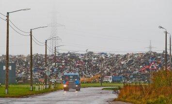 Kuusakoski, kes on Eesti suurim jäätmekäitleja ja suunab taaskastutusse umbes poole Eesti vanametallist, sai kohtumenetlusest priiks politsei ja prokuratuuriga koostööd tehes ning 100 000 euro eest.