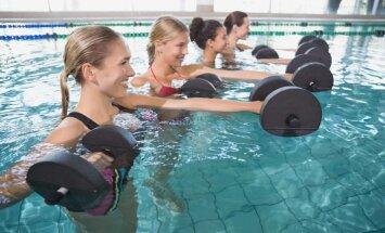 Ujumine ja vesivõimlemine treenivad nii keha kui vaimu. Kumb valida?