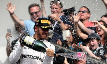 Hamilton võitis USA-s, ent MM-tiitel pole praegu sugugi kindel.