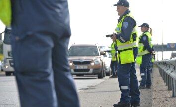 Hiiumaal alkoholi tarvitanuna roolist tabatud politseinik vabastatakse ametist