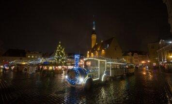 Tallinna jõulupuu tuledes