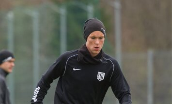 FC Flora peatreener Norbert Hurt treeningul