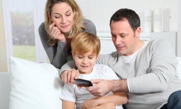 Eksperdist ema soovitab: milline telefon sobib kooliteed alustavale lapsele?