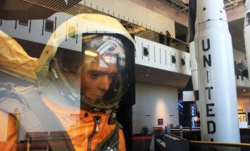 Ajalooline kosmonautika suurkuju Ivan Ivanovitš puhkab praegu USA-s Washingtonis õhu- ja kosmoselennunduse muuseumis.