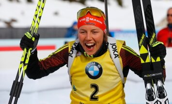 BIATHLON-WORLD/