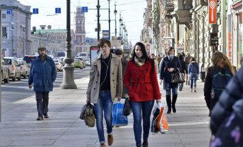 Sõit Venemaale: Moskvas ja Peterburis langevad lehed puudelt tavapärases rütmis