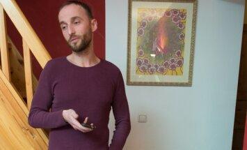 Märt Avandi avameelses intervjuus lõppevast aastast: mul on ema leinamata jäänud, pole lihtsalt jõudu olnud