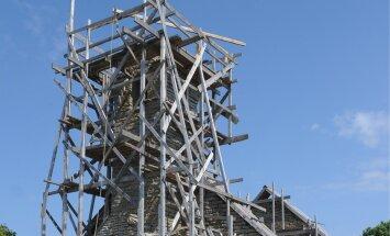 Pakri saared.Kiriku taastamine Väike Pakril