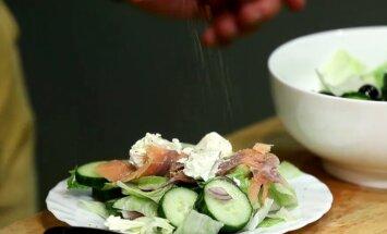 TOITEV JA KALORIVAENE: Erik Orgu soovitab maitsvat salatit, mille saab kokku segada igas kontoris