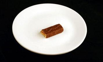 PÕNEV VÕRDLUS! Vaata, kuidas näevad välja erinevad toidud söögilaual, mis sisaldavad 200 kalorit