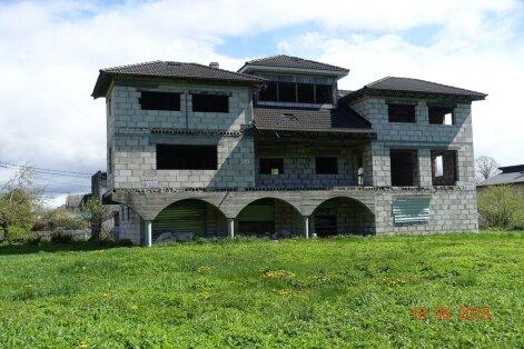 Riigikontroll: omavalitsused kardavad pahatahtlikke kinnisvaraomanikke korrale kutsuda