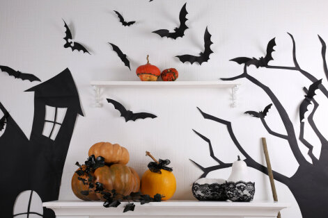 Halloween on tulekul — lase nahkhiired tuppa ja pane kummitused purki!