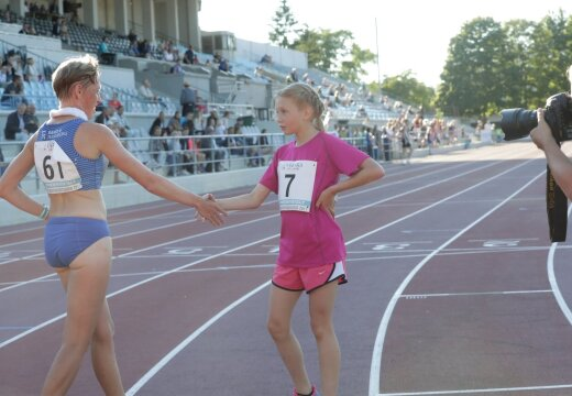OHOO! 12-aastane imelaps ohustas Eesti meistrivõistlustel 5000 meetris poodiumikohta