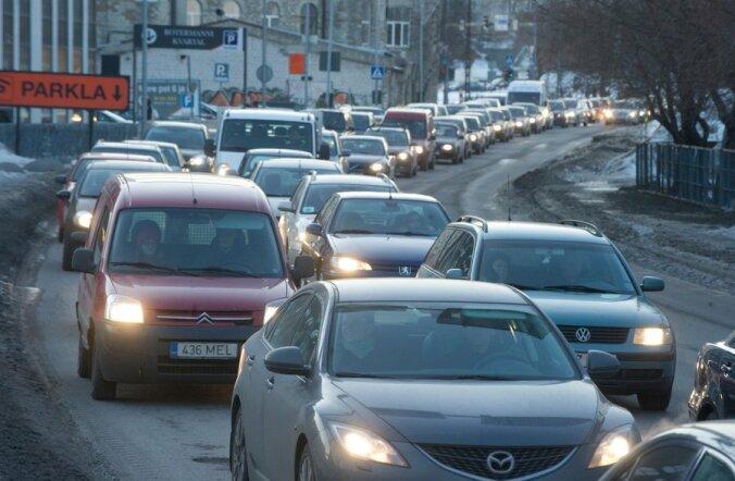 FOTOD: Transporditöötajate streik tõi Tallinna ummikud.